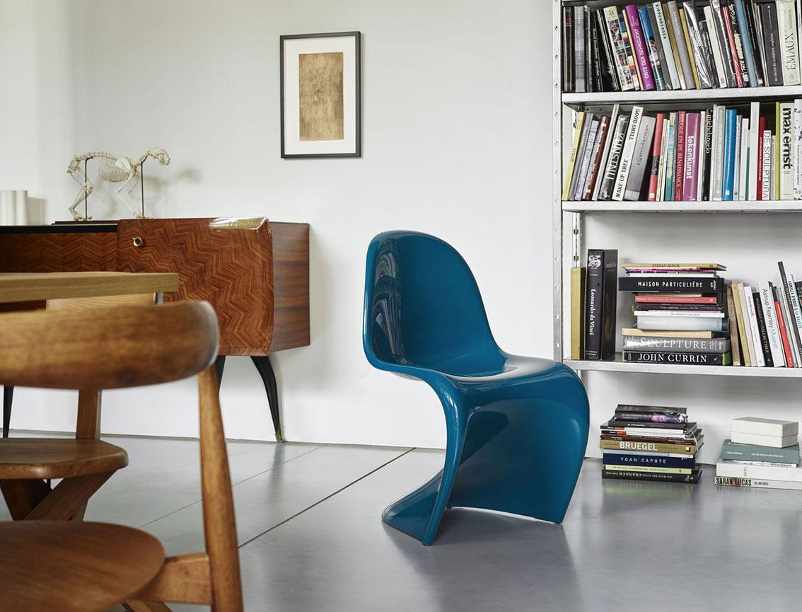 panton chair blau