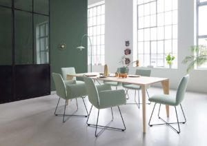 Jalis-Stühle-von-Cor