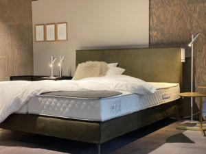 Bett von Möller Design
