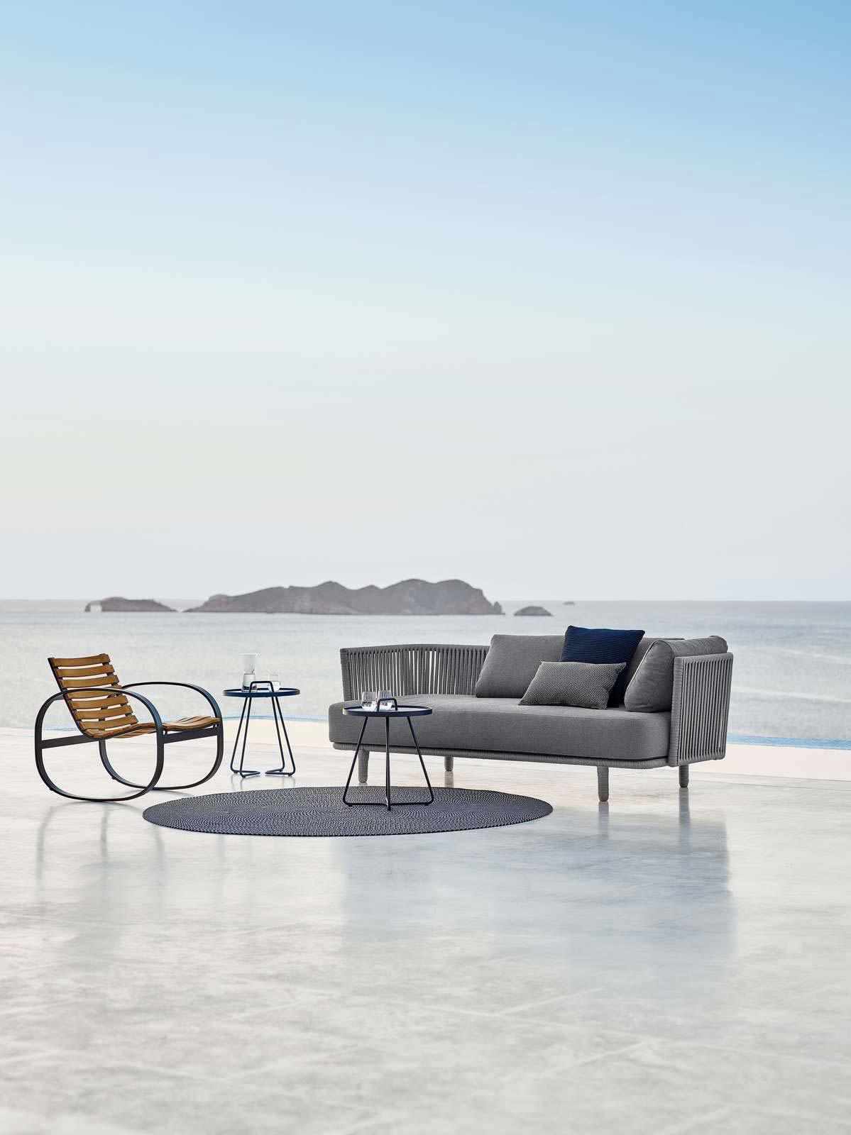moments-sofa-cane-line